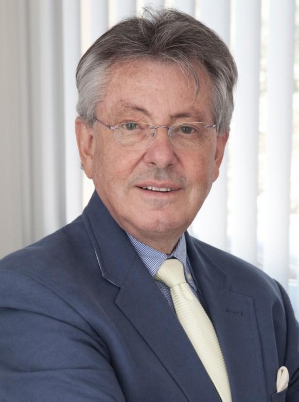Dr. Ernesto Guillem, director de Marbella Cosmetic High Care Clinic