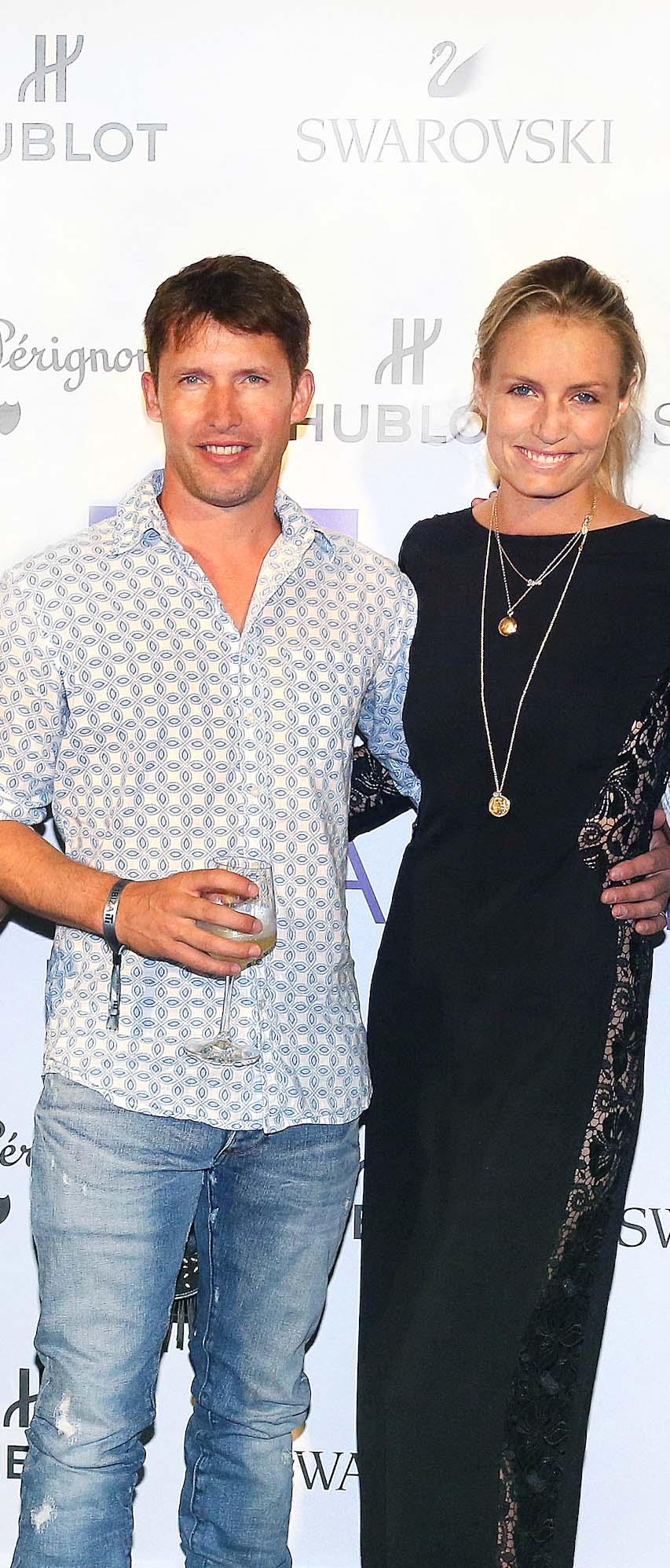 James Blunt y su esposa, Sofia Wellesley