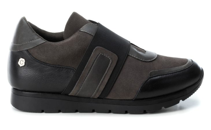 Firma de calzado Carmela. Sneaker Todoterreno Image