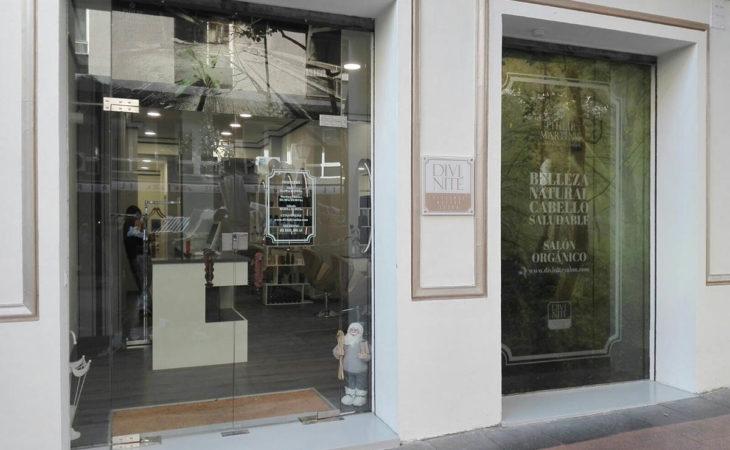 Una nueva peluquería inspirada en los 50's en Madrid Image