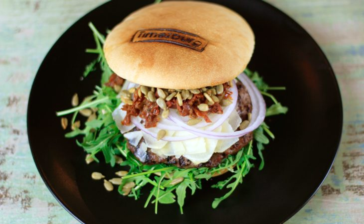 La Massimo, una burger con claro sabor italiano Image