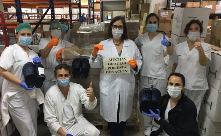Crocs dona zapatos al personal sanitario Image