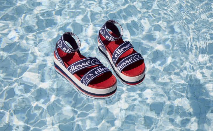 Las sandalias de este verano son de Ellesse y llevan plataforma Image
