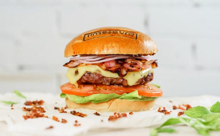 Timesburg lanza su nueva burger con triple de bacon Image